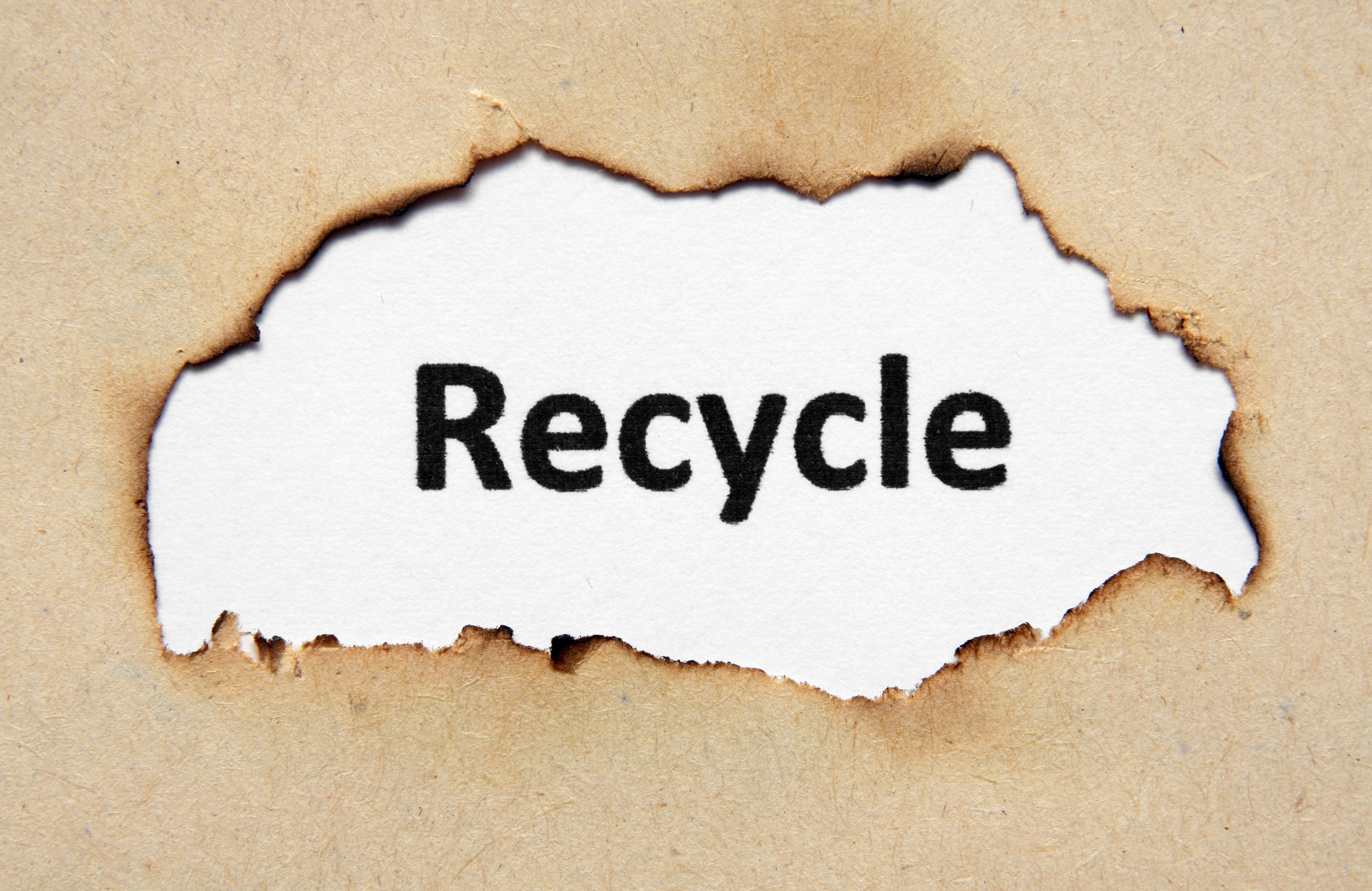 recycle-text-on-paper-hole_zyxDUwPd